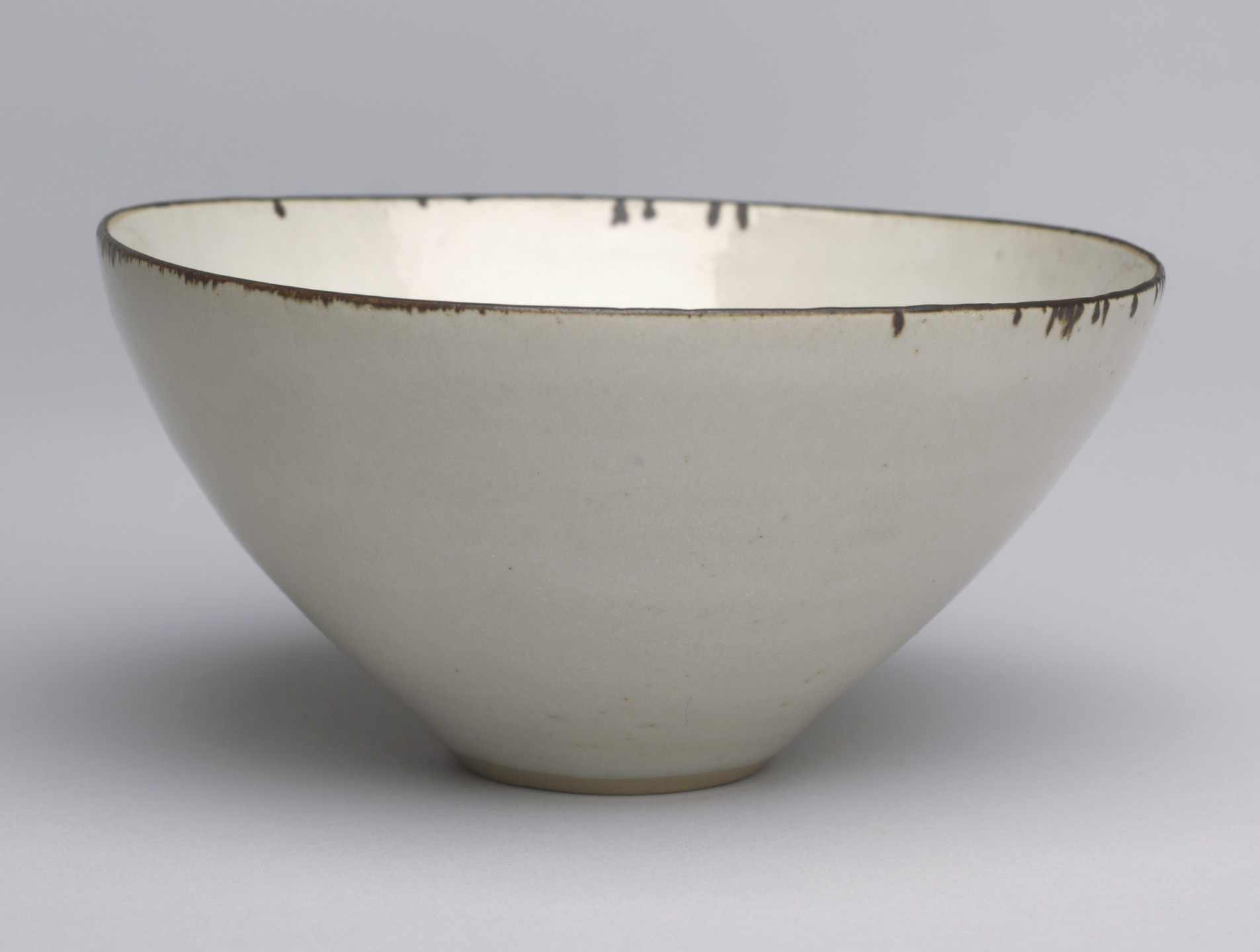 Lucie Rie. Bowl. 1952-54