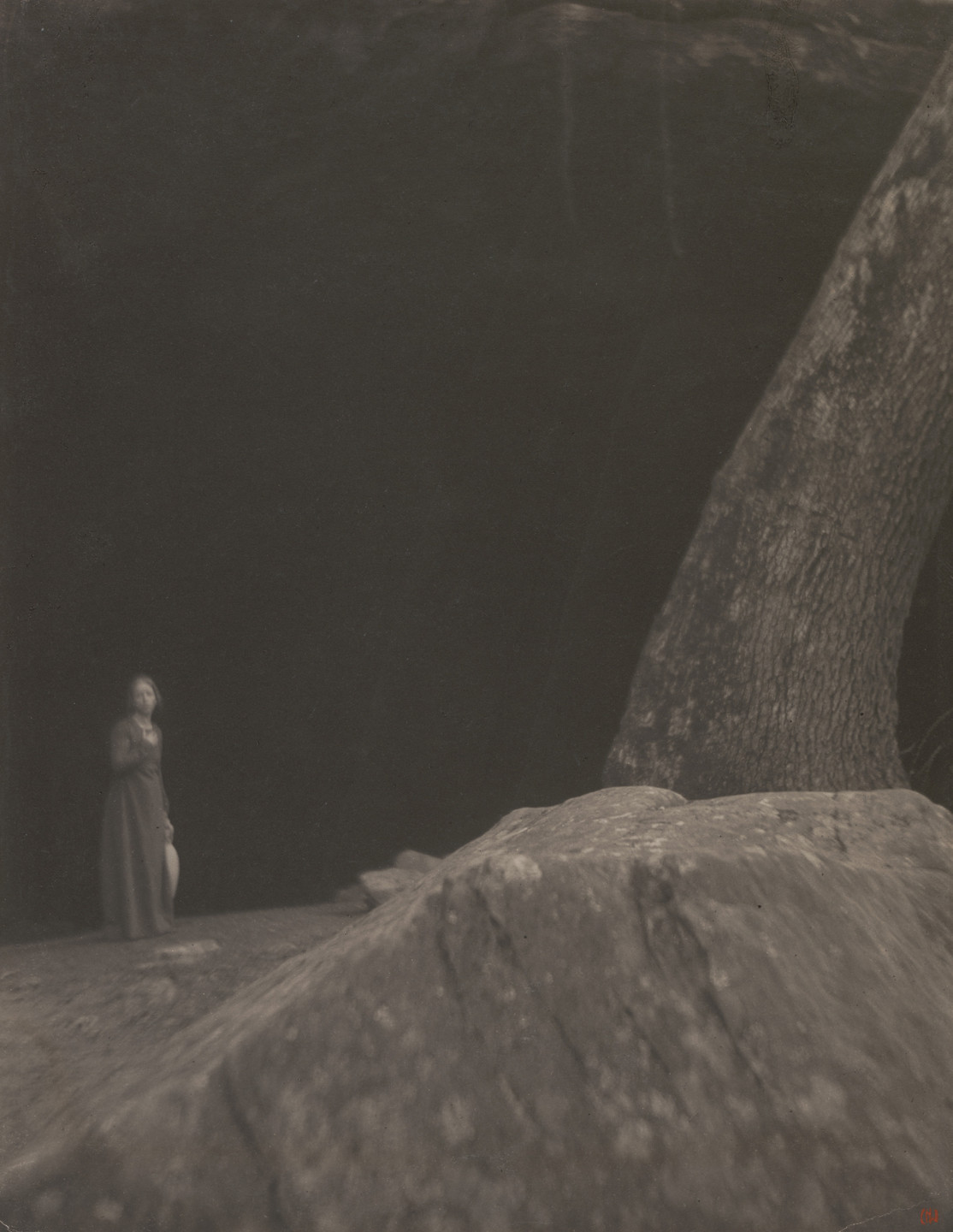 Clarence H. White. The Cave. 1901