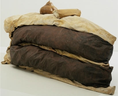 Claes Oldenburg - Floor Cake (Giant Piece of Cake) 1962