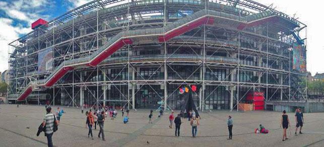 Centre Pompidou exterior, 2014. Photo: Dimitra Nikoloù