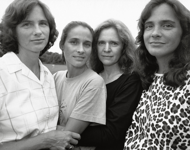 Nicholas Nixon. The Brown Sisters, Wellesley, Massachusetts. 1988. The Museum of Modern Art, New York. The Family of Man Fund. © 2014 Nicholas Nixon