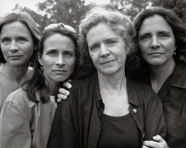 Nicholas Nixon. The Brown Sisters, Brookline, Massachusetts. 1999. The Museum of Modern Art, New York. Gift of the artist. © 2014 Nicholas Nixon