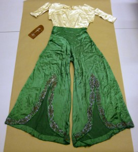 Clara Bow's costume from Hoopla.